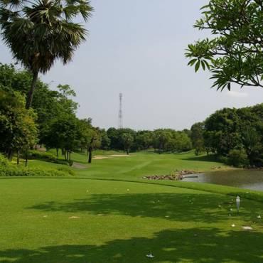 アルパイン・ゴルフクラブ